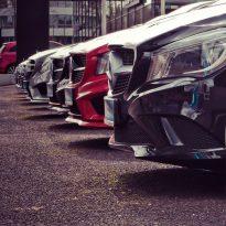 Quando acquisti un'auto guardi la carrozzeria o il motore?